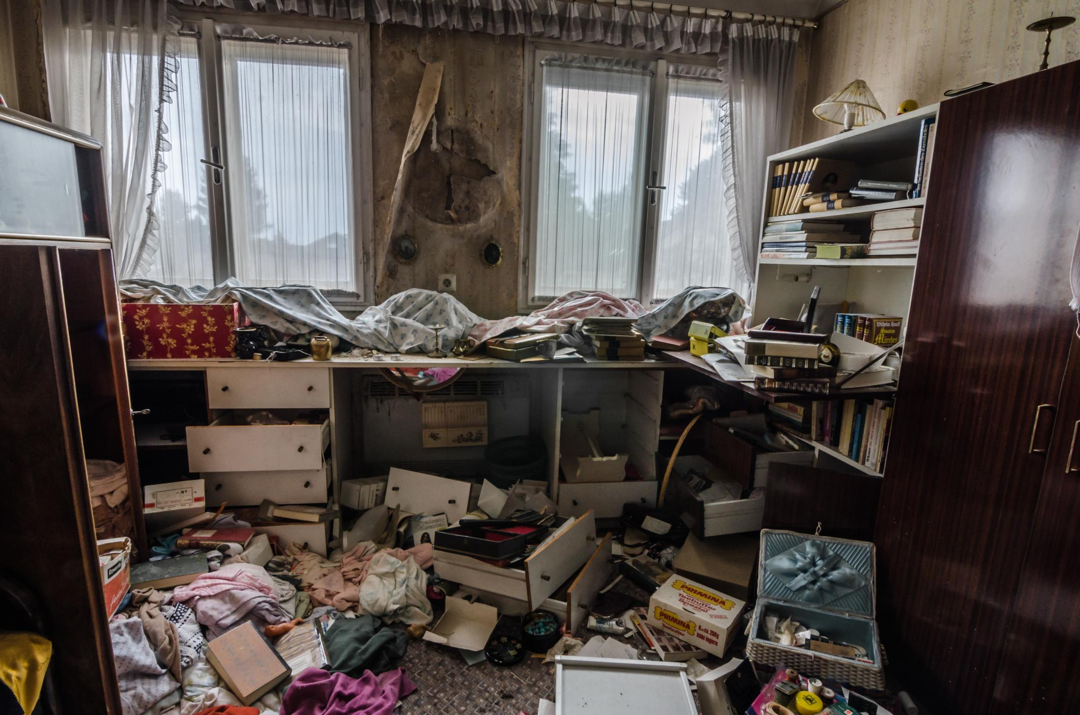 This is a picture of a hoarding/clutter removal.
